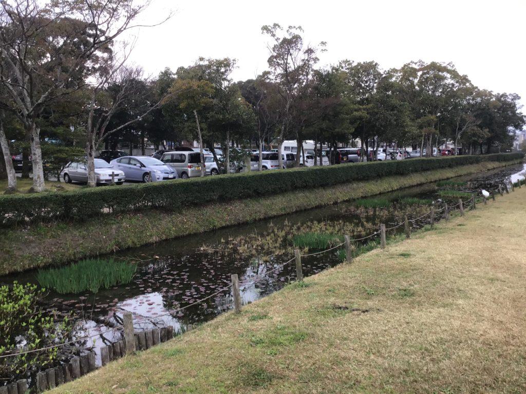 太宰府天満宮周辺の史跡 太宰府政庁跡地 広い 桜の名所 駐車場も併設されていて無料